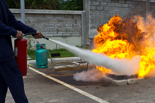 VAAL TRIANGLE FIRE SERVICES fire_extinguisher_training_1443340071_wz530 TRAINING